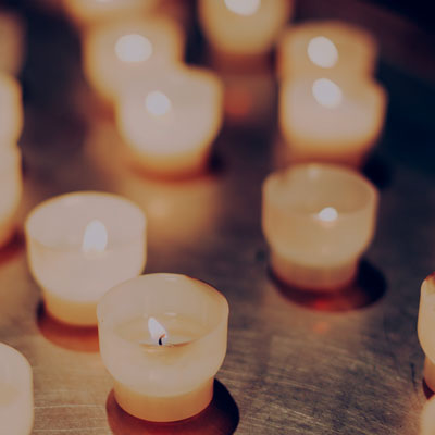warm candle lit hot yoga class in staines surrey